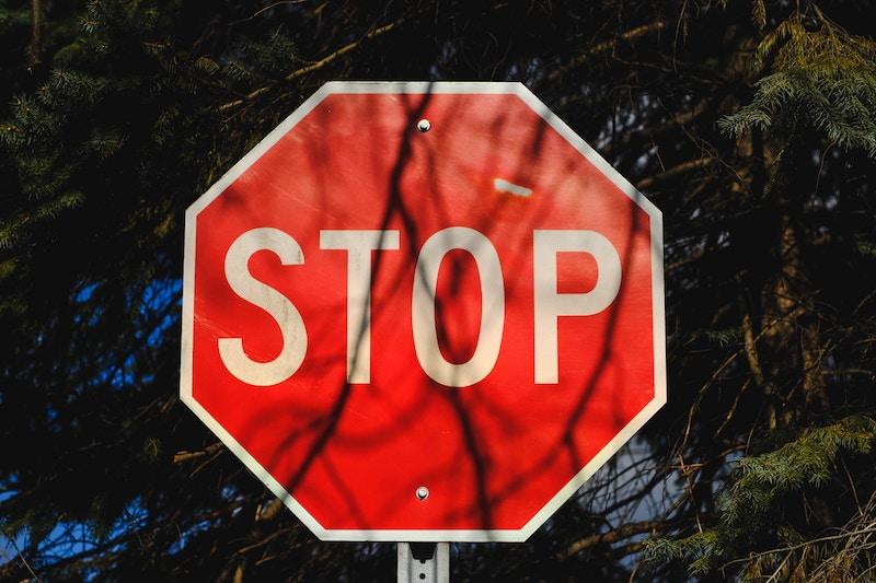Осторожно, любить нельзя!