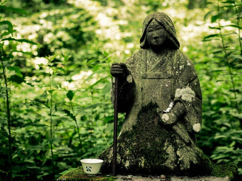 Проект «По следам моей памяти» — это осознанная работа с историей рода. Для тех тех, кто работает с этой темой в психологии, расстановках и шаманизме.